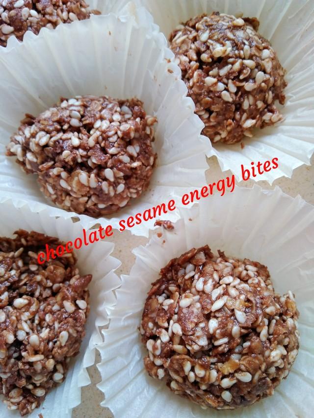 energy bites chocolate sesame